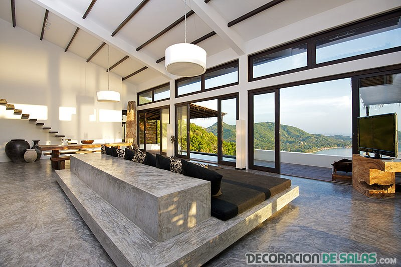 salón amplio con vistas increíbles