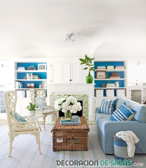salón combinado azul blanco y marron