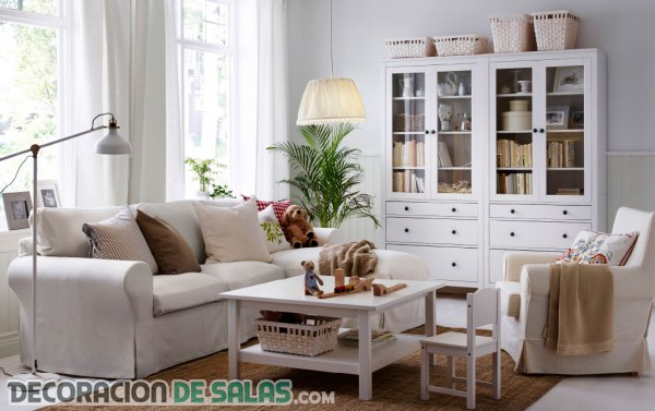 Decora tu sal n gracias a ikea Decoracion salon sofa beige