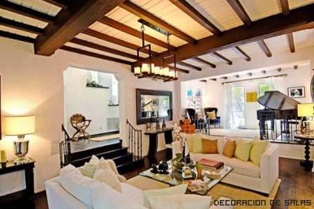 Decoraci n estilo mediterr neo for Decoracion techos madera interior