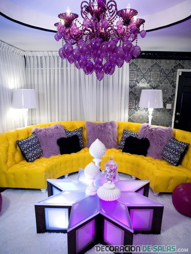salón moderno en morado malva