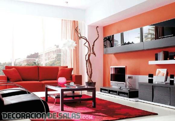 ¡Deja que entre el color rojo a tu salón!