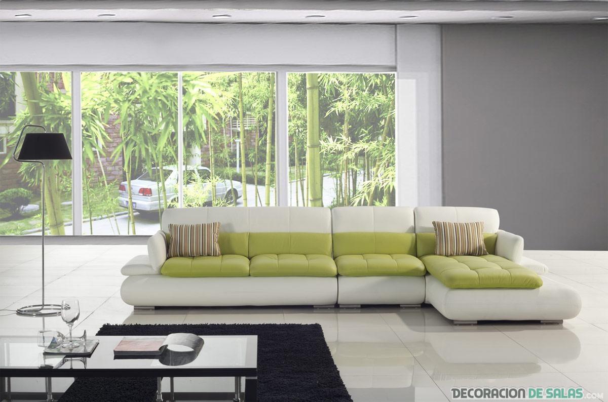Decora tu sal n con un sof en forma de l for Sofas para salones estrechos