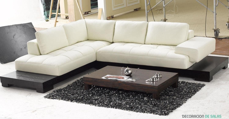 sofá grande rinconero en blanco