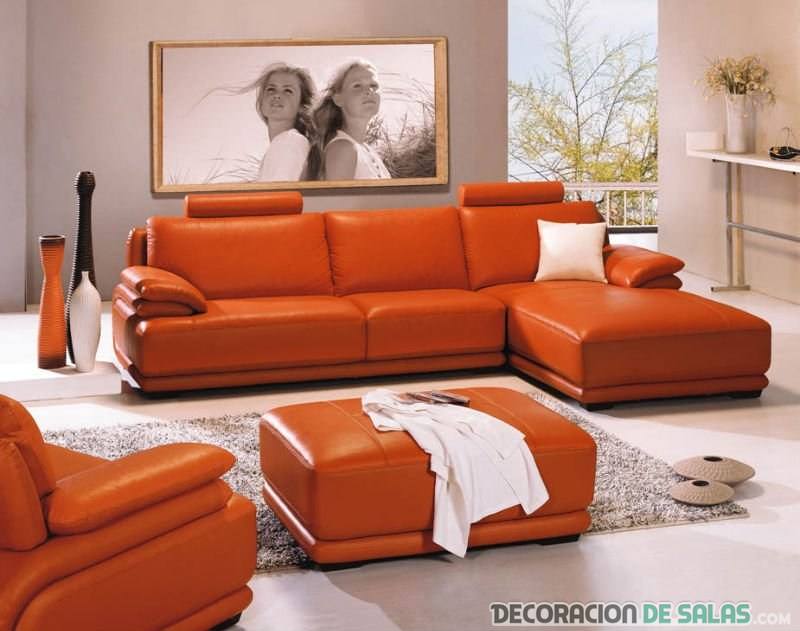 Sof de cuero para los salones m s exclusivos for Color de sofa para pared gris