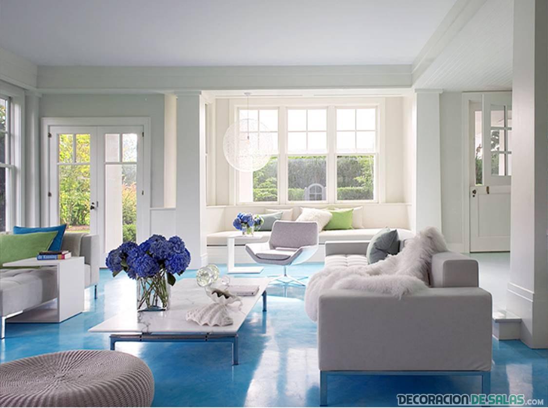 suelo del salón en color azul
