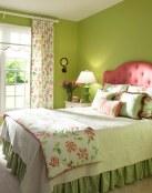 Tonos verdes para un dormitorio primaveral
