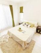 Pinceladas en color verde para tu dormitorio