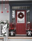 Puertas de casa decoradas para Navidad